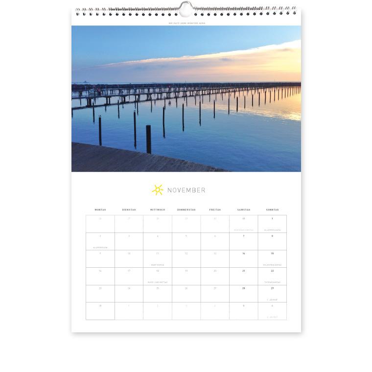 Grömitz Kalender A3 - Der (fast) leere Grömitzer Hafen
