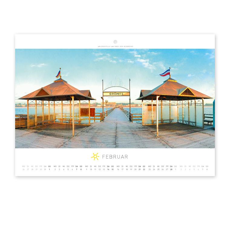 Grömitz Wandkalender A4 - Anlegestelle am Ende der Seebrücke