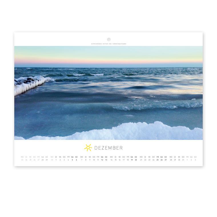Grömitz Wandkalender A4 - Zufrierende Ostsee bei Sonnenaufgang
