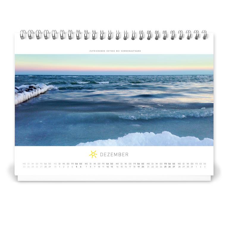 Grömitz Tischkalender A5 - Zufrierende Ostsee bei Sonnenaufgang